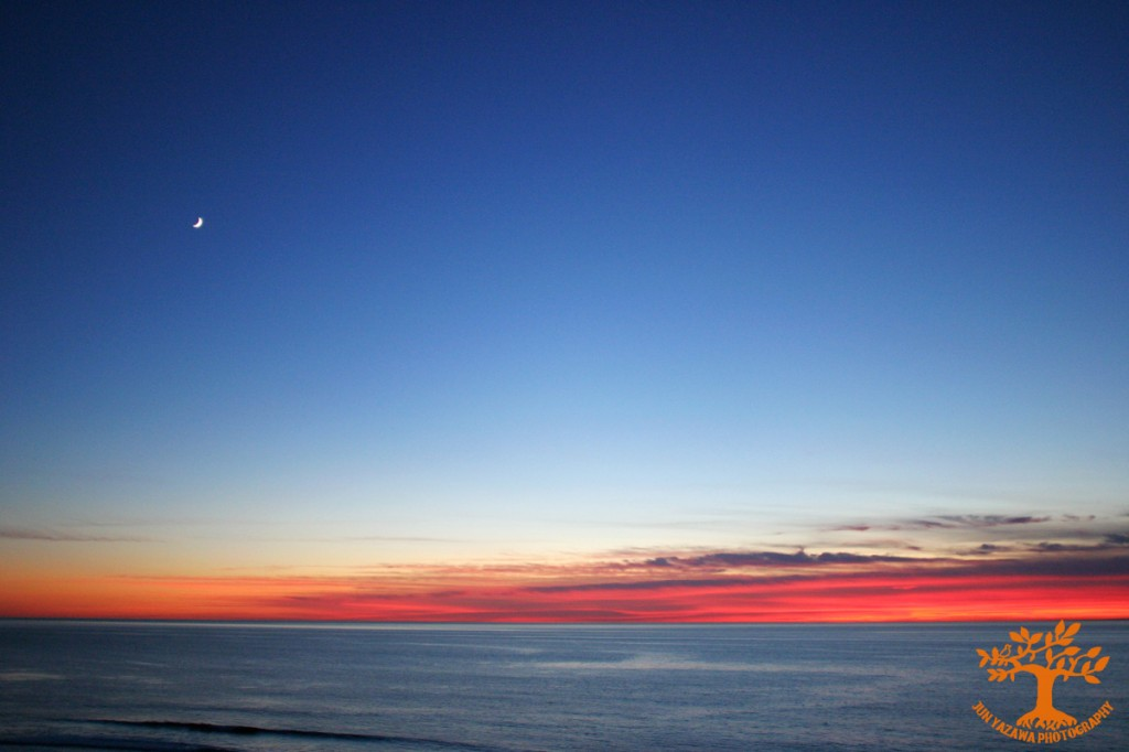 sunset,moon,ocean